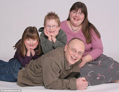 A Mother Loses 140 Pounds to Get Closer to Her Children Seen On www.coolpicturegallery.us