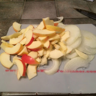 Apples and onions sliced up