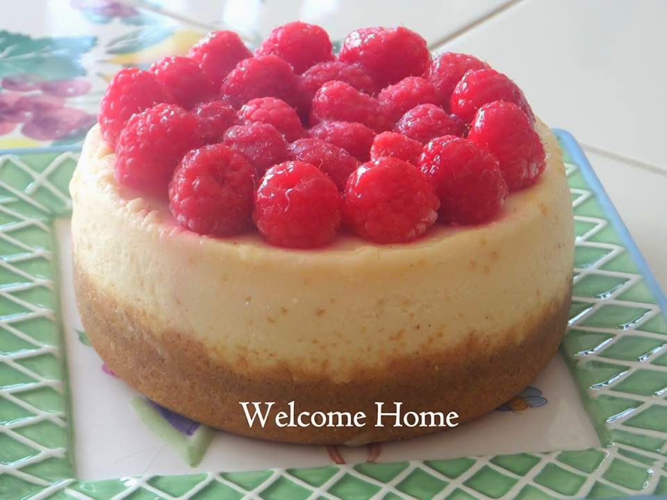 Welcome Home Blog: ♥ White Chocolate Cheesecake with ...