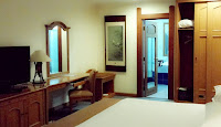 president suite room kresna hotel