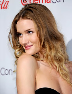 Rosie Huntington-Whiteley Wallpapers