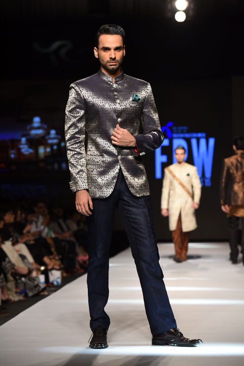 Amir Adnan, Royal fashion, Menswear, Formal Mens clothing, Pakistan Fashion Week, Designer Collection, TFPW15, Telenor Fashion Pakistan Week, Spring Summer 2015, ss15, trends of 2015, fashion week, fashion show in Pakistan, Fashion addiction, Lawn season, Al Karam lawn, fashion blogger, Hot Pakistani Models, redalicerao, red alice rao, Fashion Pakistan Council, Pakistan fashion, Luxury Pret, Pret a porter