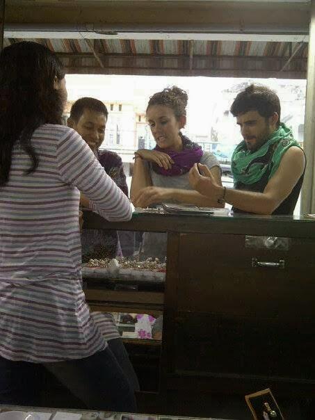 Toko penjual mutiara di singaraja bali