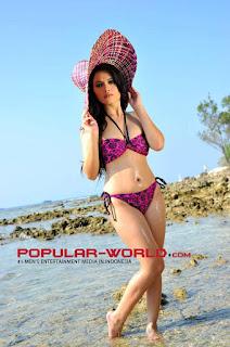 Sisilia Tjoe di Majalah Popular, September 2012 (Part 2)