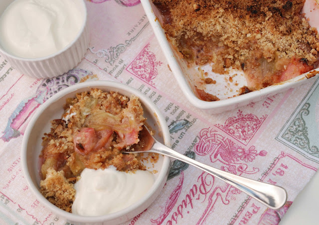 recette crumble rhubarbe amandes