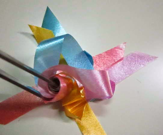 How to weave rose ribbon crafts