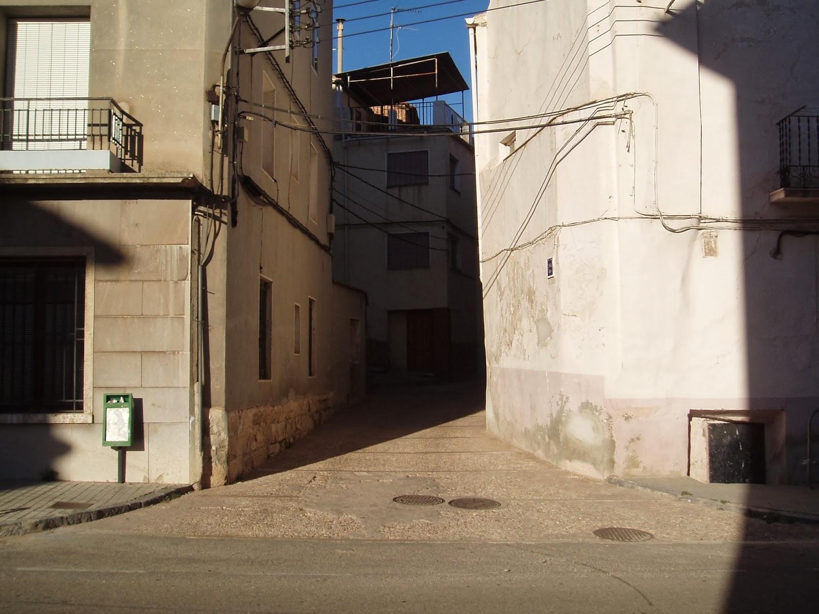 Barroqueando por arag n montalb n - Casas baratas en pueblos de valencia ...