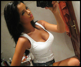 self shot hot tank top girl white wallpaper HD HQ picture