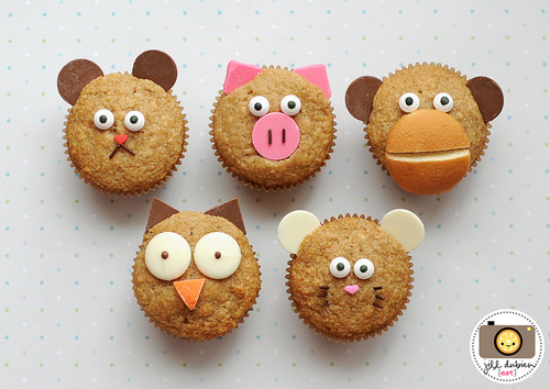 My owl barn cute and easy animal muffins for Food bar owl