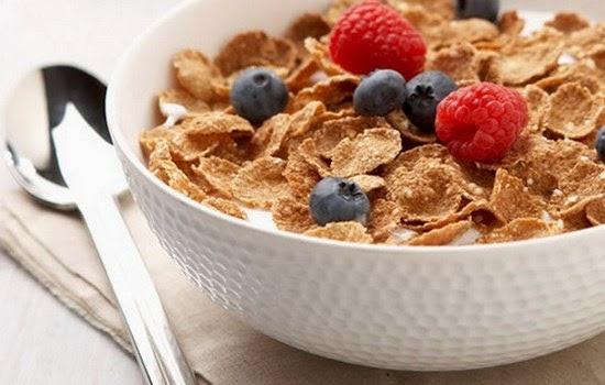 Makanan sehat untuk menambah berat badan dengan cepat dan efektif