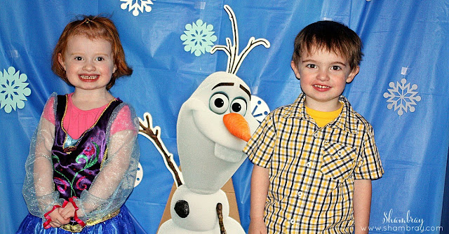 snowflakes, photo backdrop, Olaf