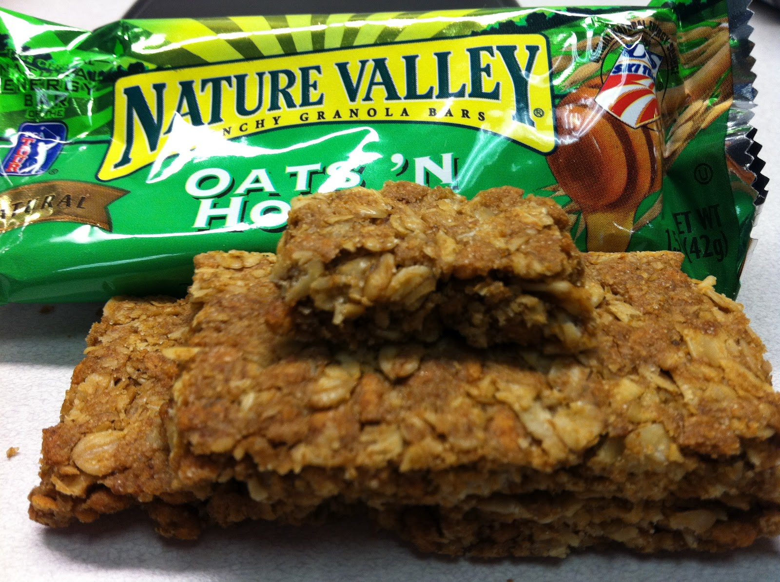 10 granola bars you should never eat and their healthy swaps http3bpspot pitiuz1enpkt0apo3knzbiaaaaaaaadxkzlvb8o6bfpws1600naturevalley oats2527nhoneybarcloseg ccuart Image collections