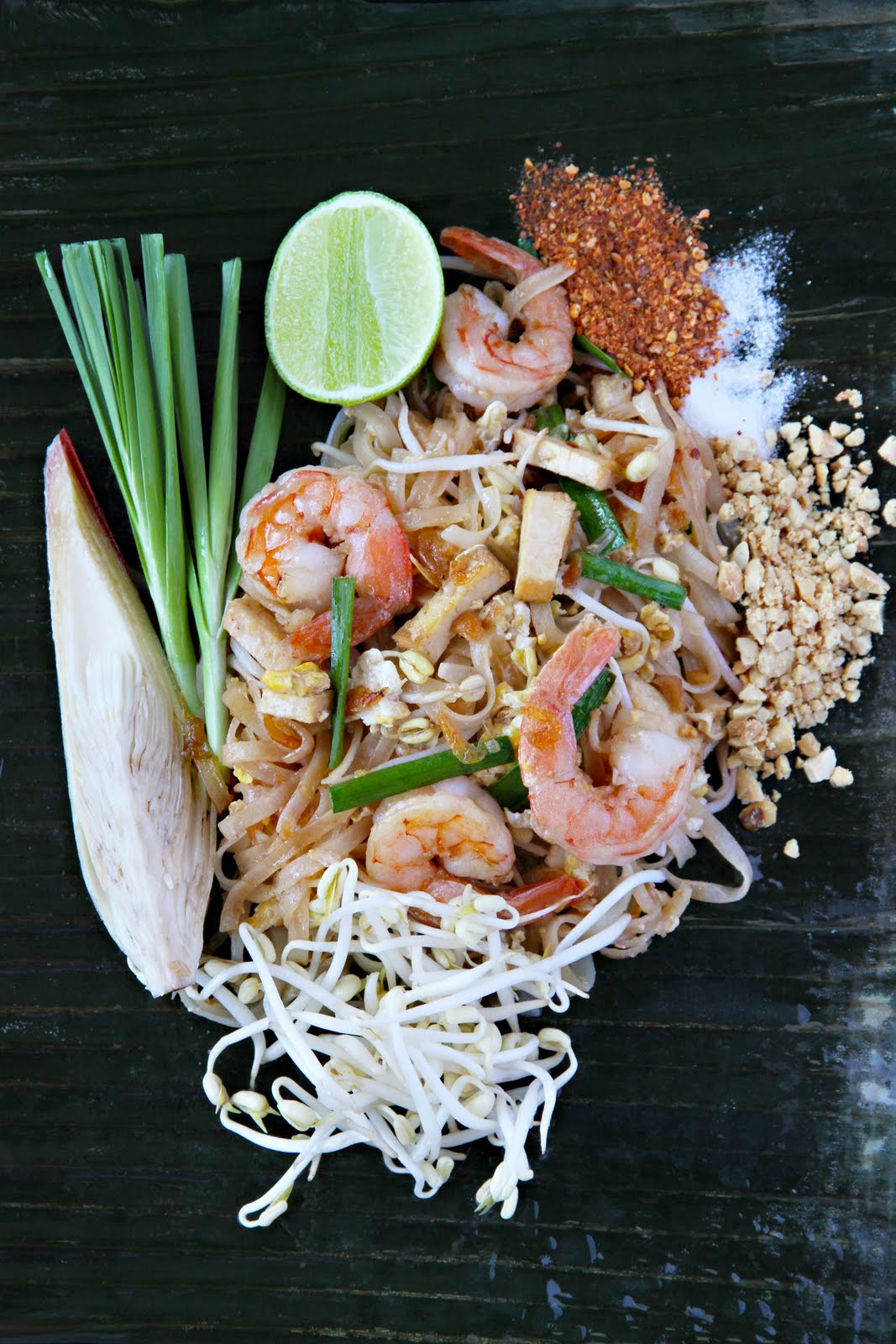 Pad Thai Recipe (ผัดไทย) - Part Five: Making Pad Thai ...