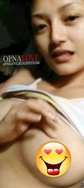 Foto Topless Siti Badriah Penyanyi Dangdut Pegang Dada Montok Tanpa BRA