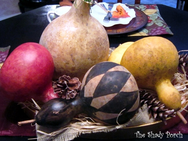 Burlap and Raffia Lined Tray of Gourds Pinecones Squash #gourds #tablescape #centerpiece #pinecones