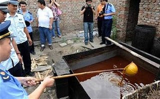 [Image: kasus+makanan+berbahaya+di+china.jpg]