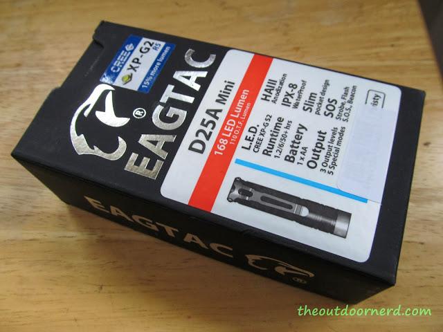 Eagletac D25A Mini 1xAA Flashlight: Box
