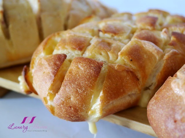 fuss free recipe baking cheesy garlic bread with ham