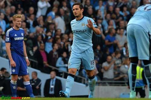 Lima Pahlawan Sepakbola yang Terlupakan, Robin van Persie, Frank Lampard, Eric Abidal, Paolo Maldini dan Iker Casillas.