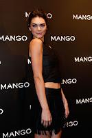 Kendall Jenner mango photocall