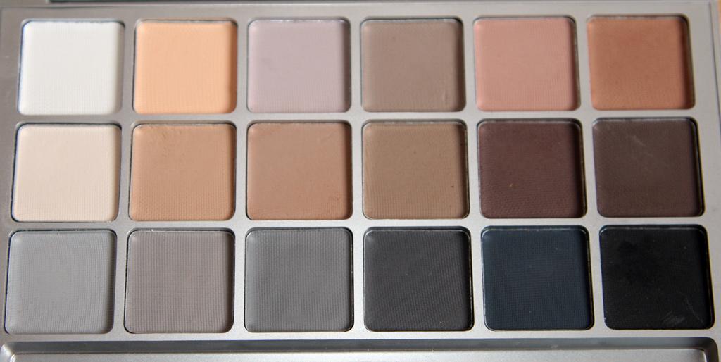 Beauty Blog - Make-up Artist Agatha Kisiel: Kryolan V3 Eyeshadow ...
