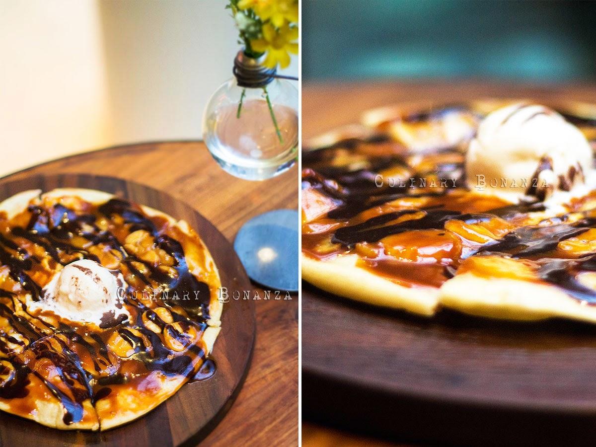 Dolce Banana, Cream & Dark Chocolate Pizza
