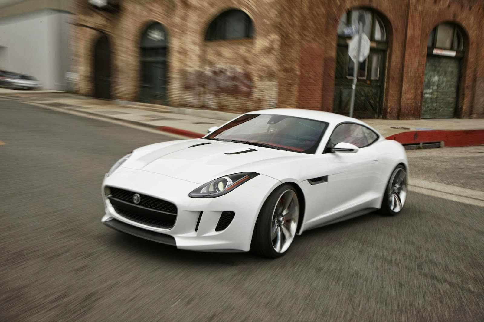 jaguar f type r car picture. Black Bedroom Furniture Sets. Home Design Ideas
