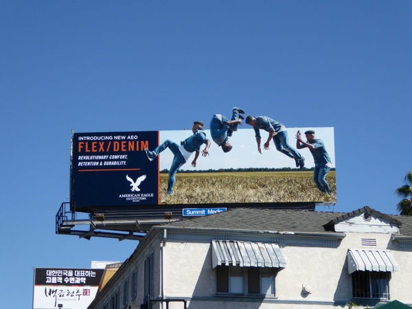 AEO Flex Denim special extension billboard