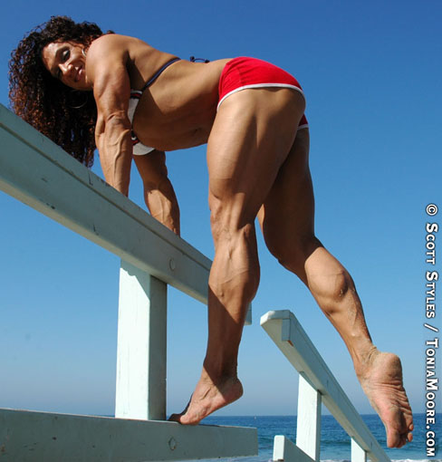 Tonia Moore Female Muscle Bodybuilding Blog Legs