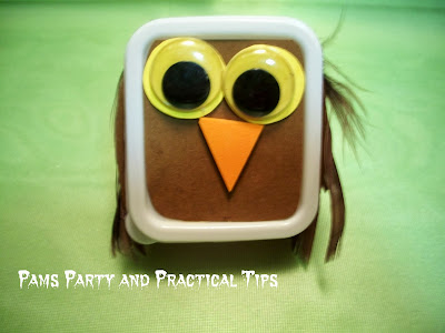 How to make an owl Halloween treat box perfect for a class party