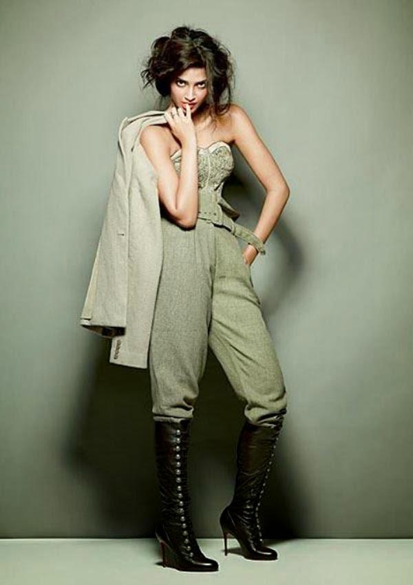 sonam-kapoor-fashion-cosmopolitan-october-2010-photo