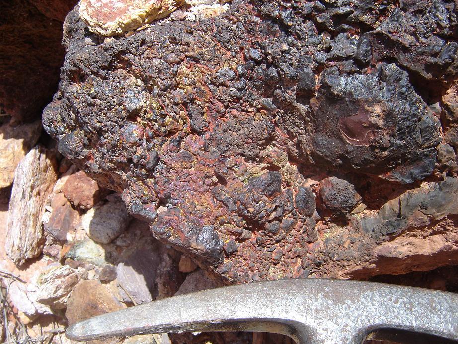 Geolog a de sevilla bajo fumarolas submarinas en el and valo - Quitar oxido hierro ...