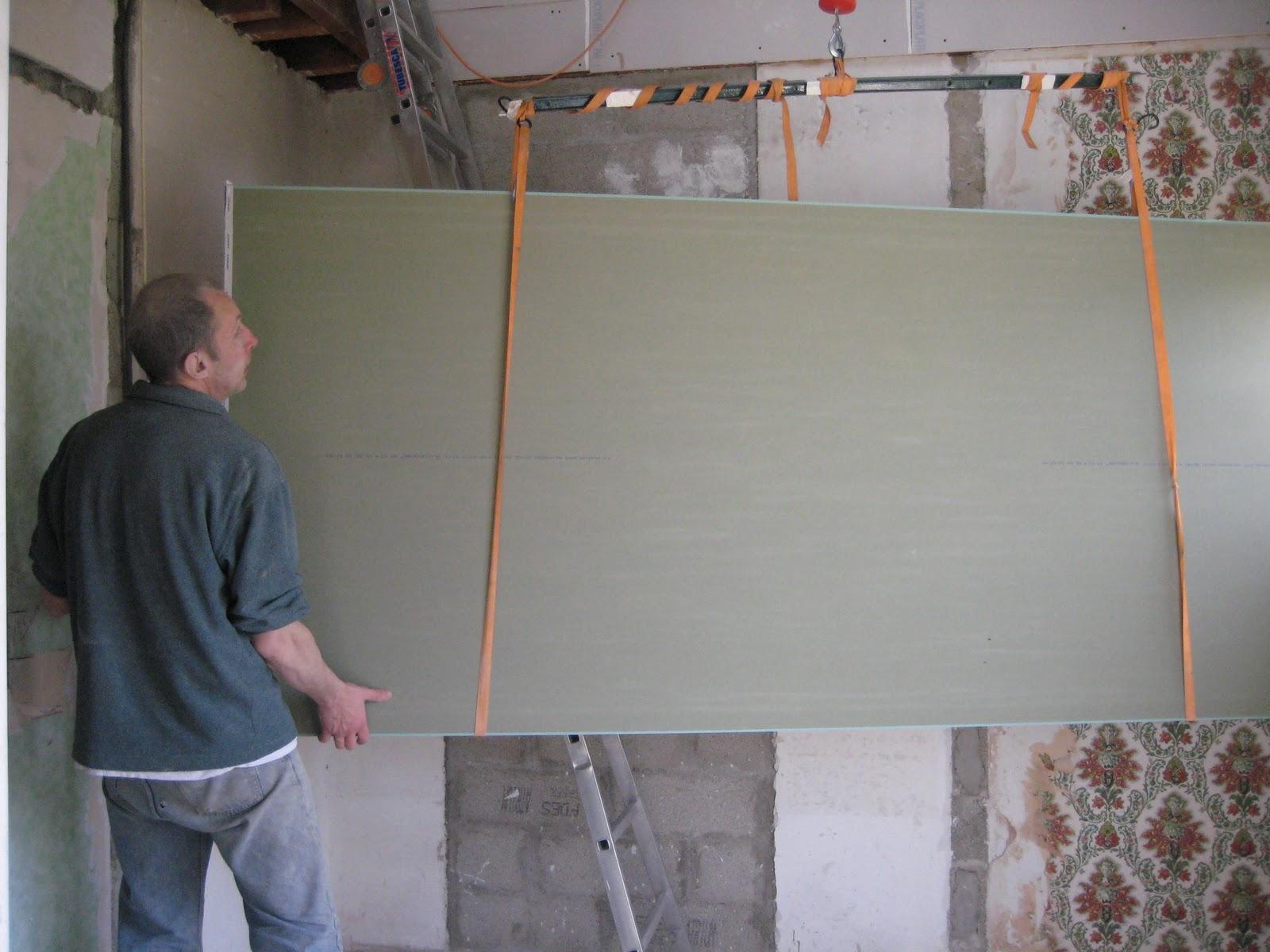 belvezet mas de l 39 ancienne eglise avril 2010 approvisionnement du placo gyproc. Black Bedroom Furniture Sets. Home Design Ideas