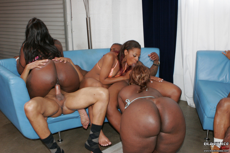 Perfect!! heavy black sex orgy crap, Sienna