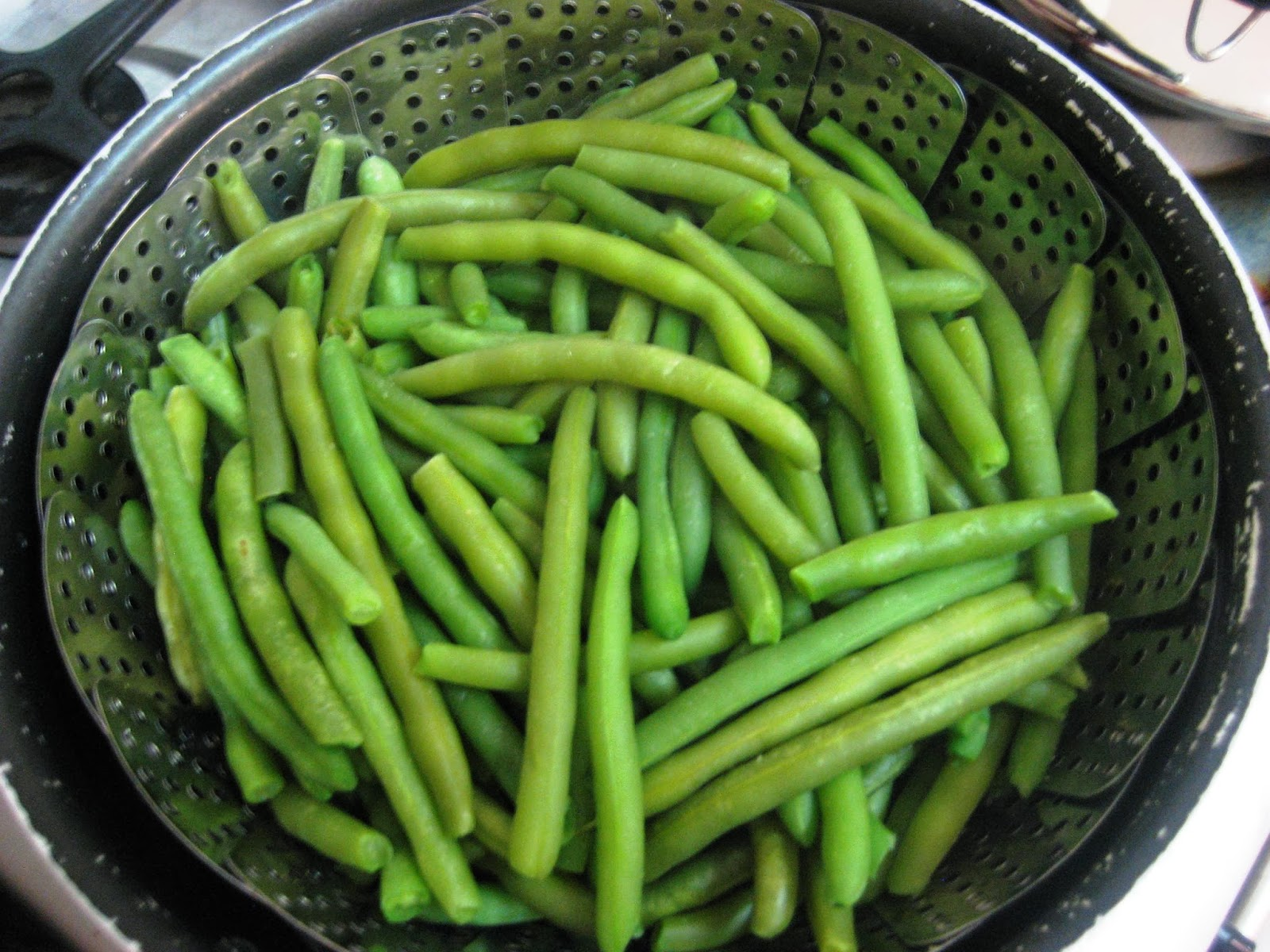 how to cook green beans without a steamer basket