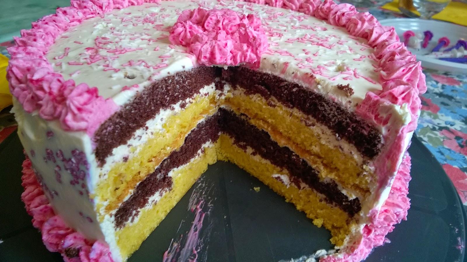 Layer cake noix de coco, chocolat