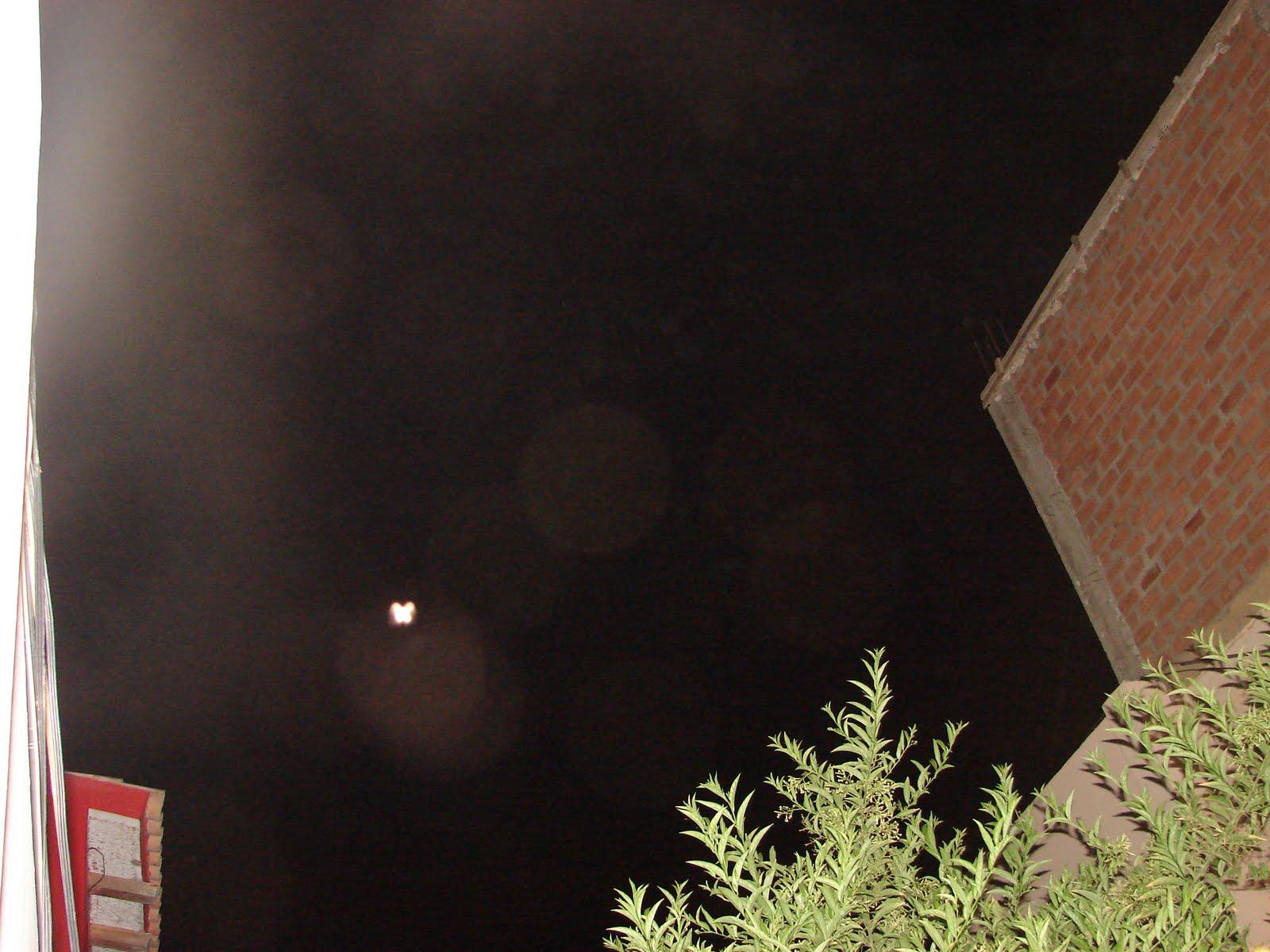 ATENCION-18-marzo-19-20-21-22-23...2011 avistamiento ahorita en cielo,rojo,HAARP,el letras ET sec..