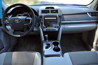 Toyota camry car 2012 dashboard - صور تابلوه سيارة تويوتا كامري 2012