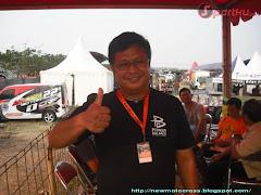 Dira Sulanjana Selaku Ketua Penyelenggara Cargloss Motocross Int 201110012001431702