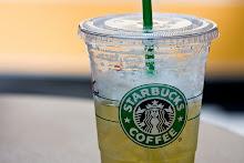 Green tea lemonade, no syrup and 2 sweet n low's