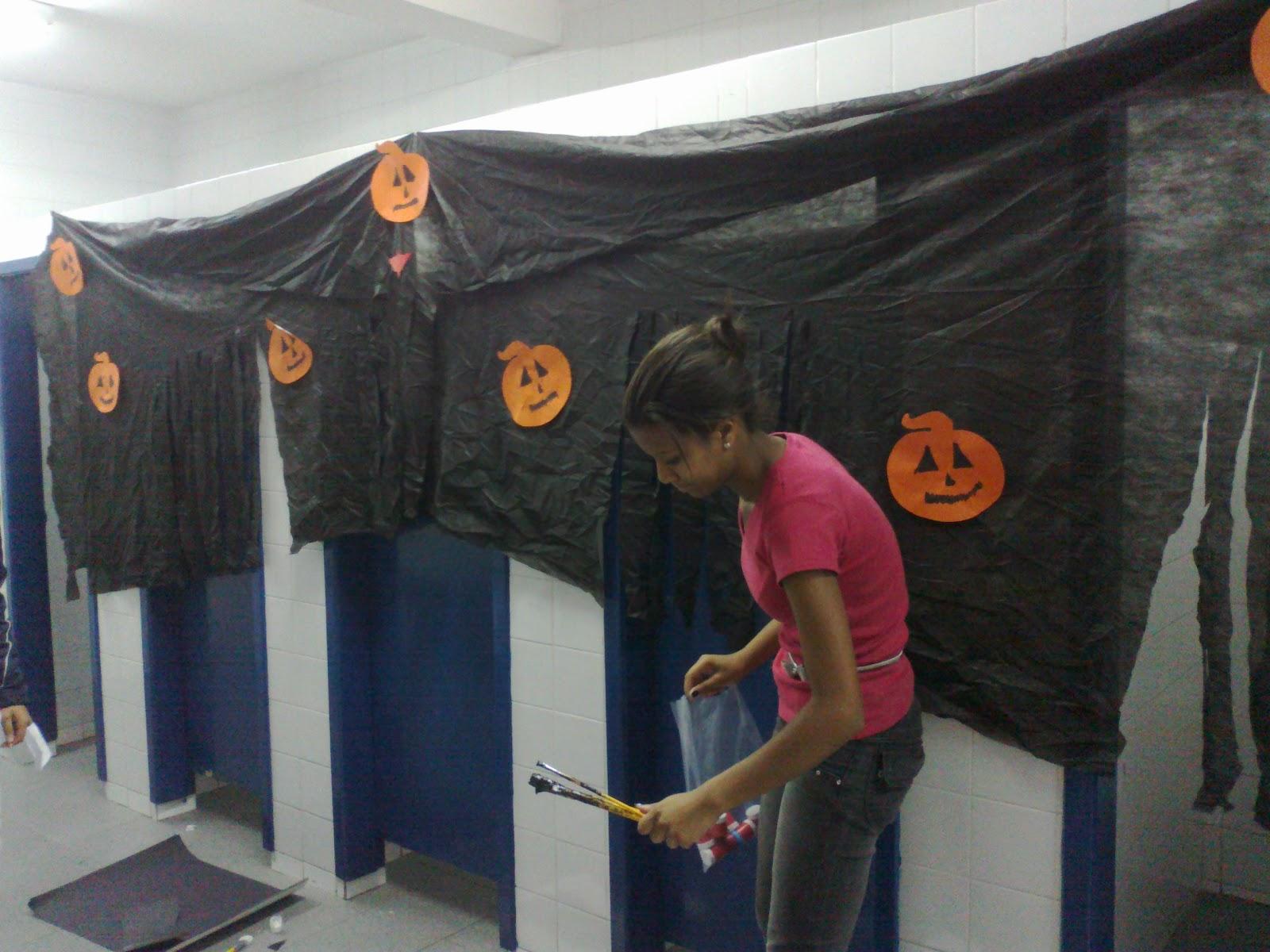 decoracao banheiro halloween : Prepara??o para a festa do Halloween SegundoE