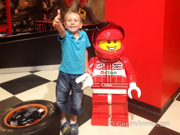 Legoland İstanbul'da Lego yarışçıları ile oğlum çok eğlendi