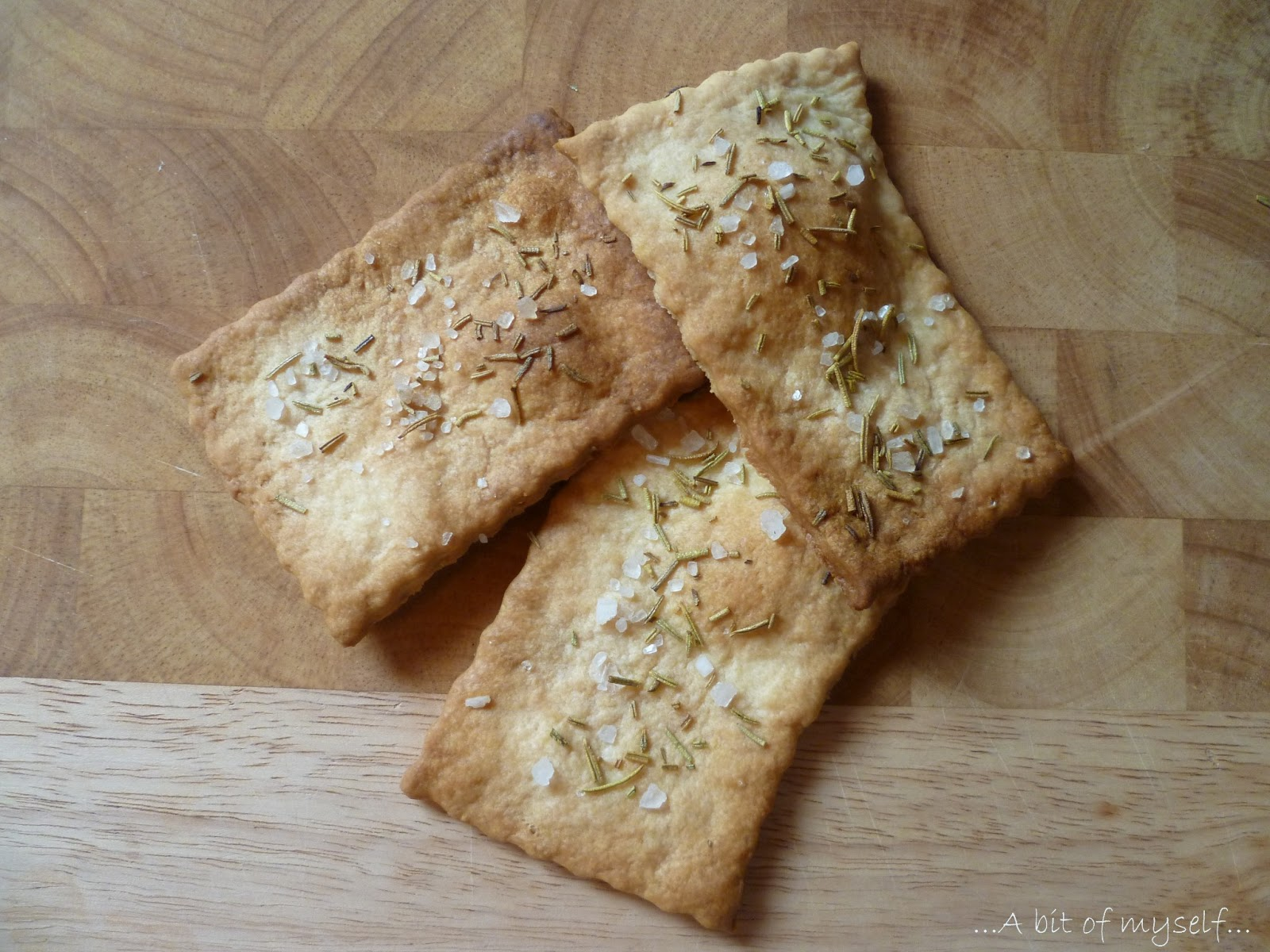 rosemary crunchy crackers