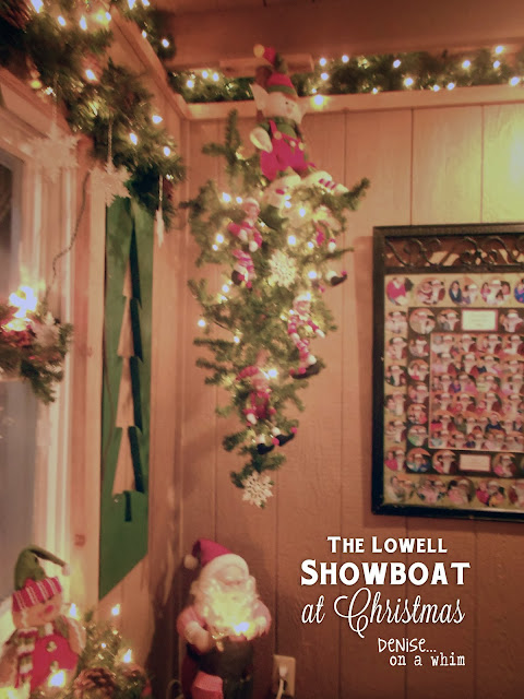 The Magical Lowell Showboat at Christmas via http://deniseonawhim.blogspot.com