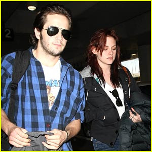 Kristen Stewart  Boyfriend on Super Stars Wallpapers  Kristen Stewart With Boyfriend Images 2012