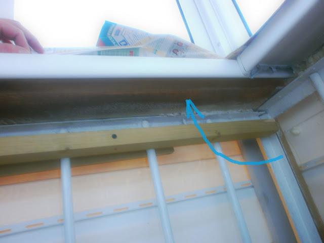 Подоконник на балконе, как обшить, утеплить балкон