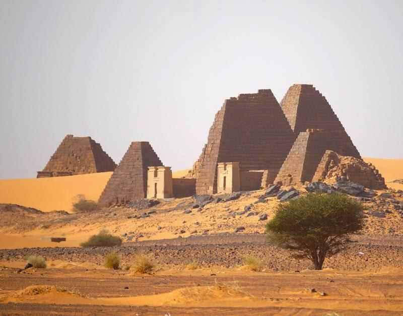 Nubian Pyramids Sudan 800x627