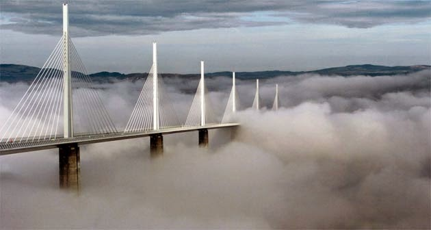 MILLAU BRIDGE WITH CLOUDS_MYCLIPTA
