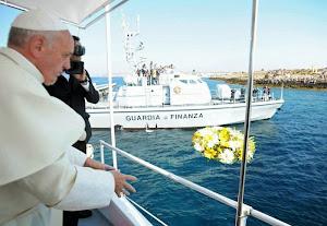 Jesteśmy kościołem CARITAS (wg. pp Franciszka, na zdj. na Lampeduzie) i religią Słowa...