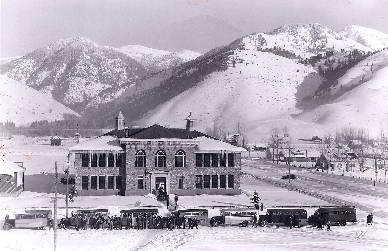 Star Valley High School (Picture courtesy the Kennington and Weber Families blog)